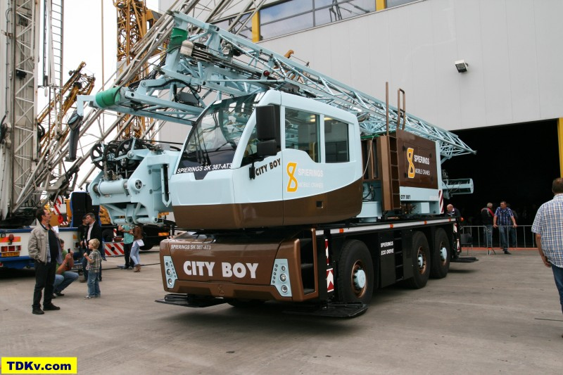 Spierings mobile tower crane SK387-AT3 City Boy