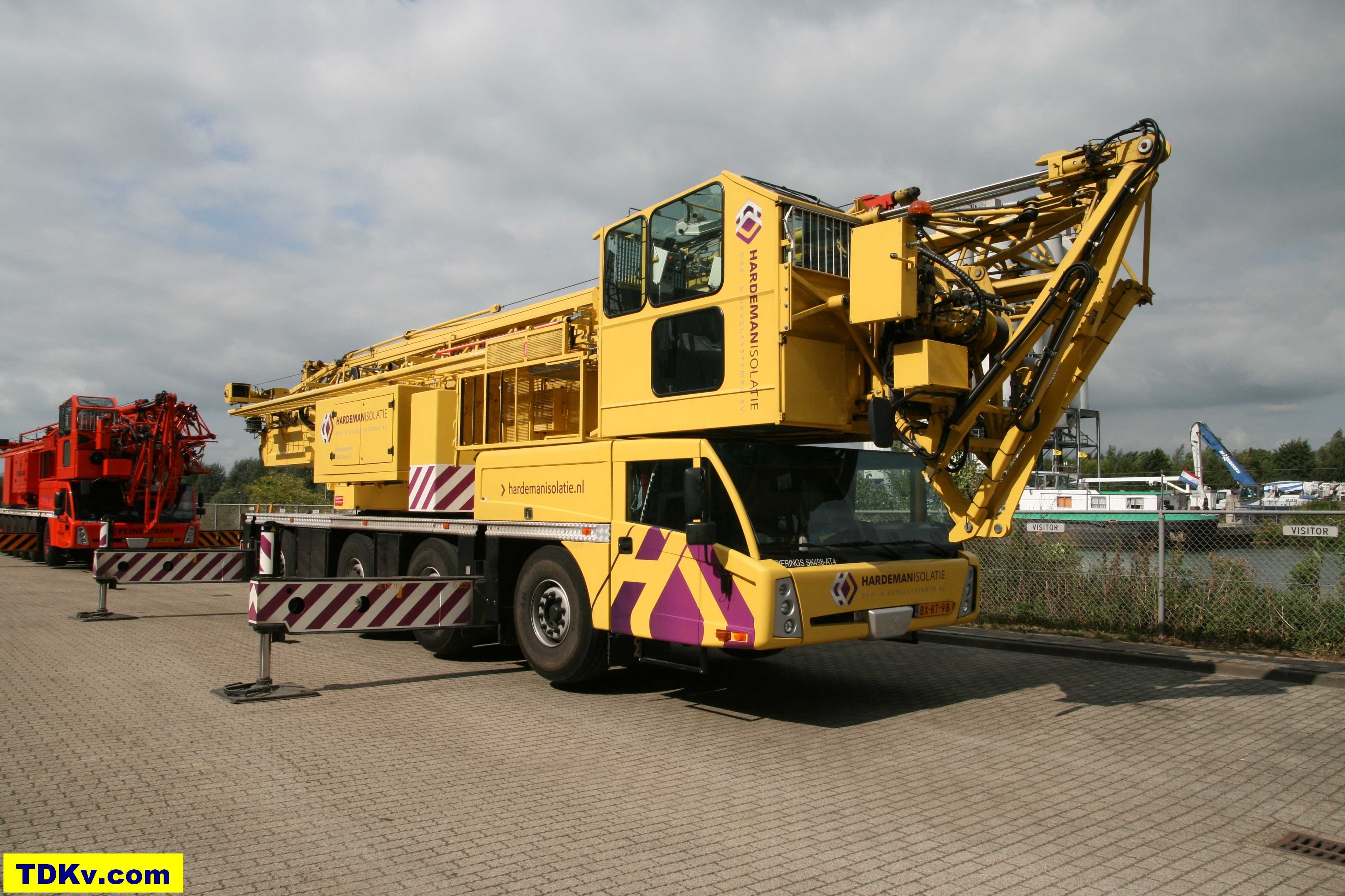 Spierings mobile tower crane SK498-AT4 from Hardeman