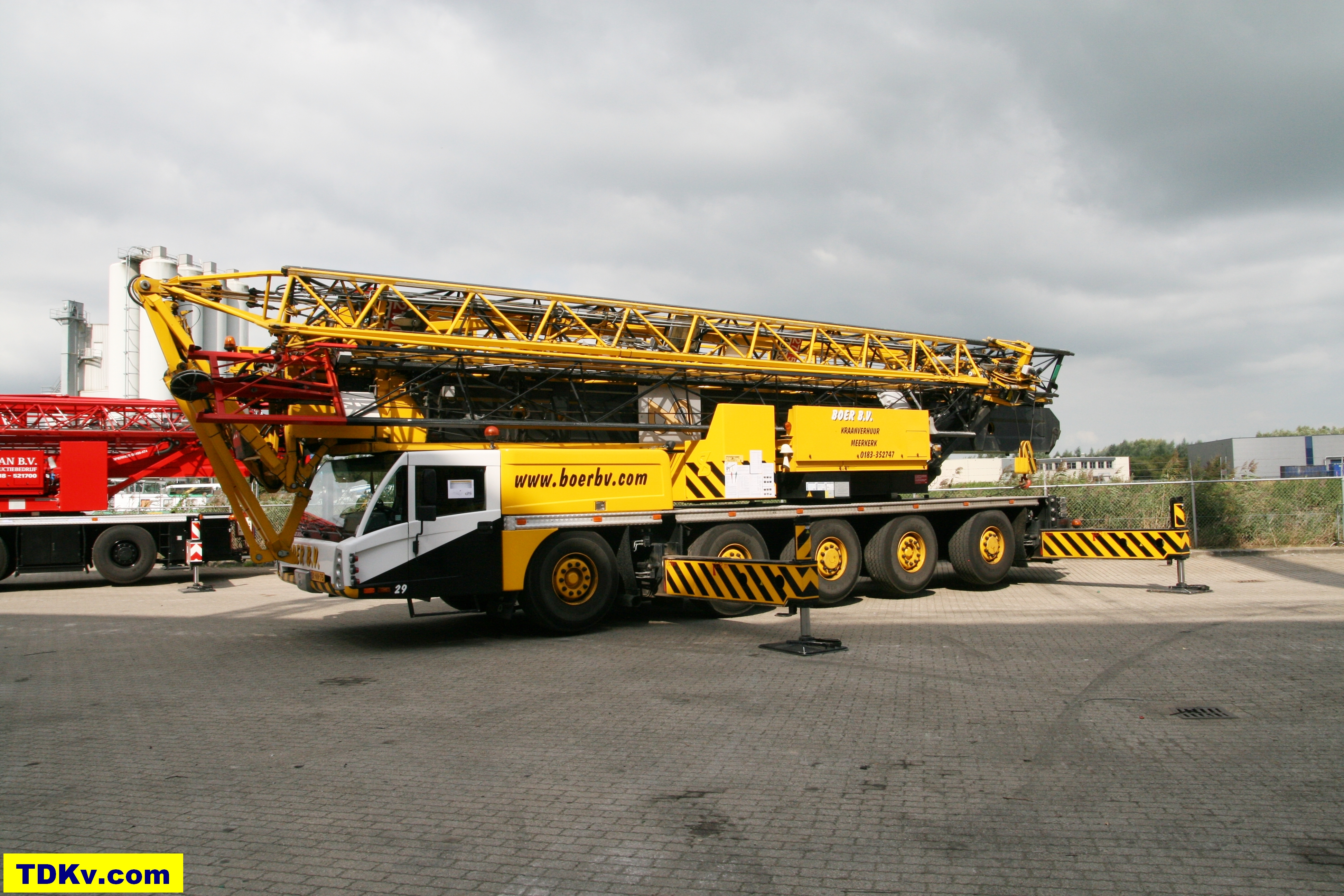 Spierings mobile tower crane SK599-AT5 from Boer BV