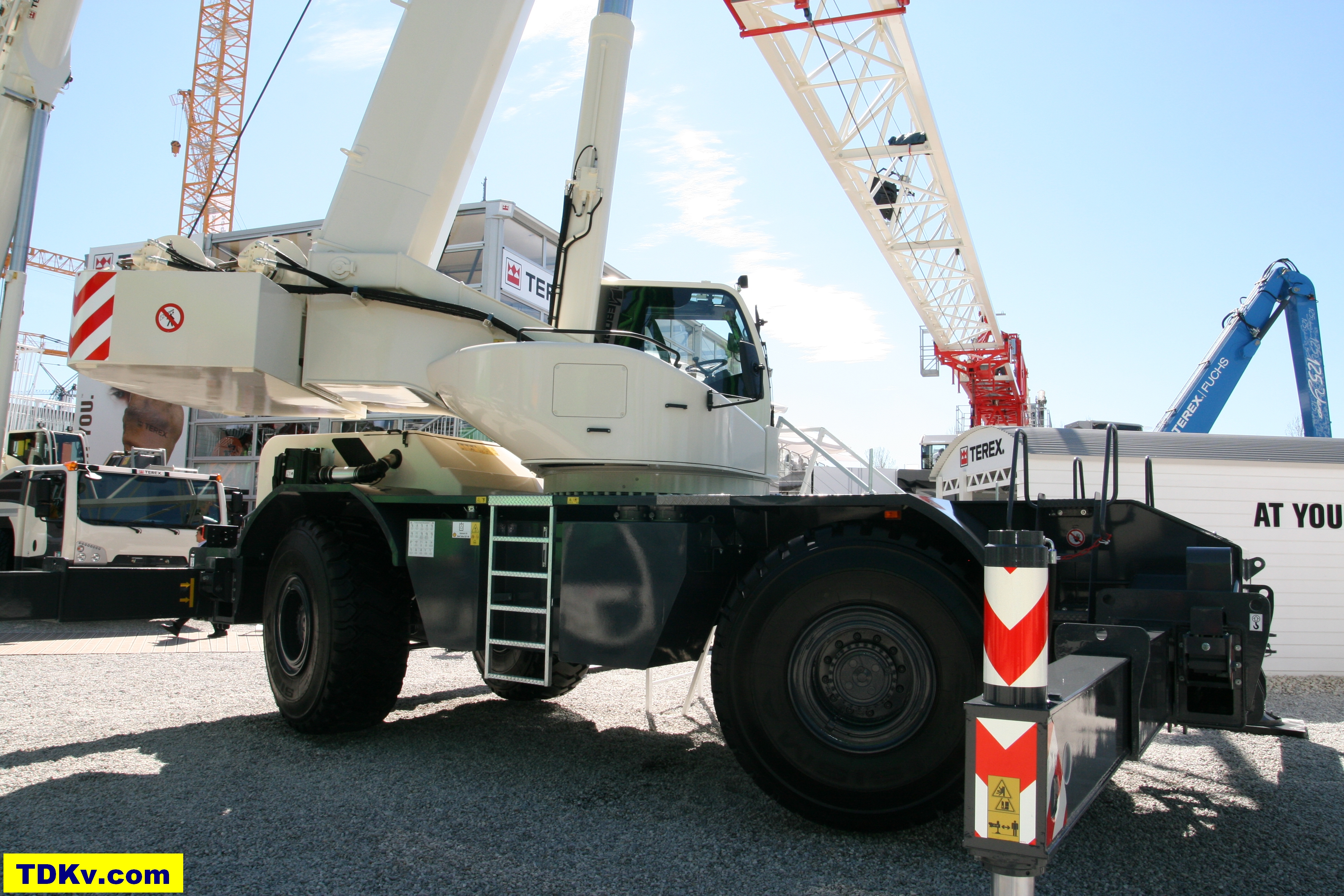 Terex crane Quadstar 1075L RT-crane | Equipment Handbooks
