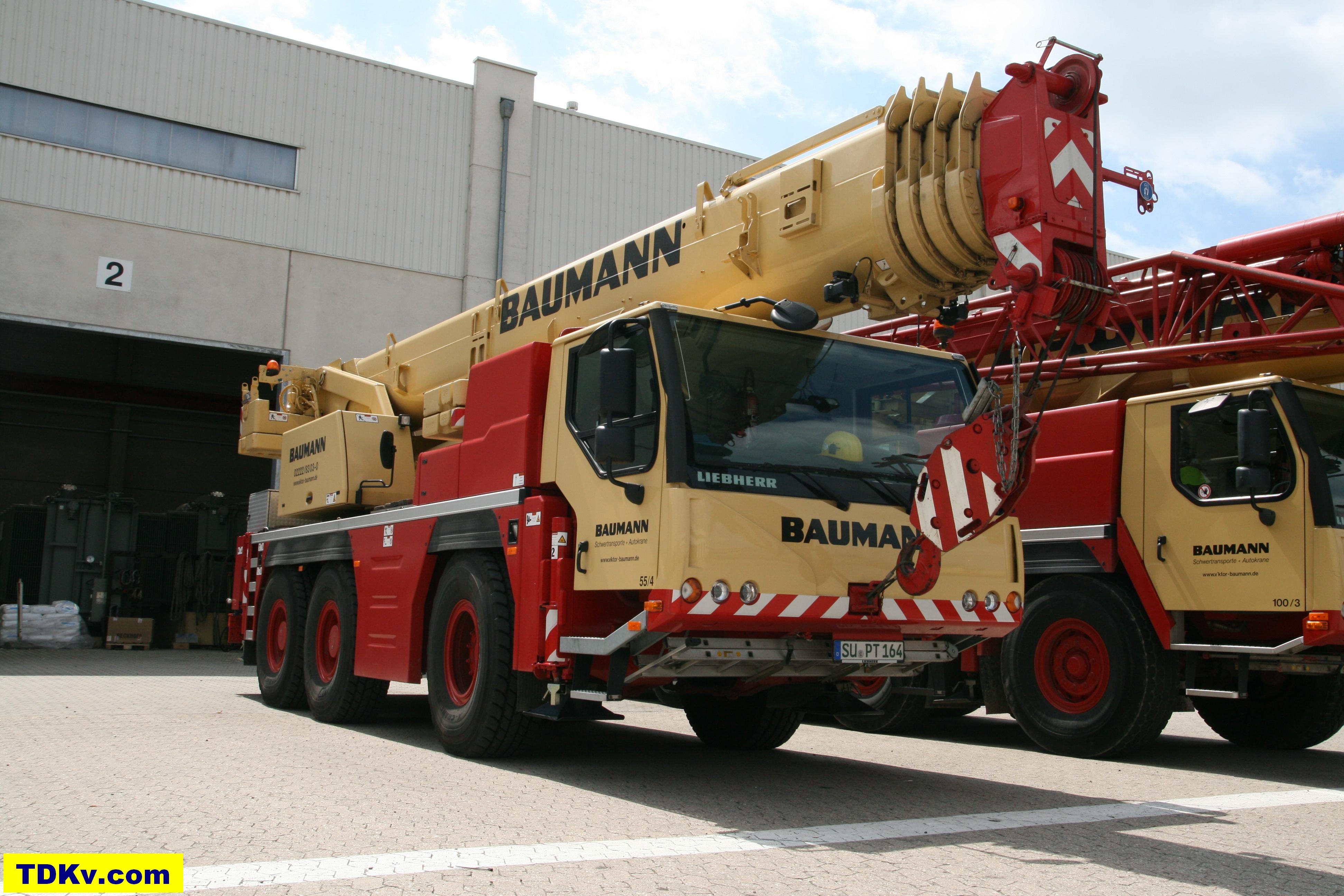 Liebherr LTM 1055/1 Baumann