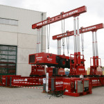 Hydraulic gantry
